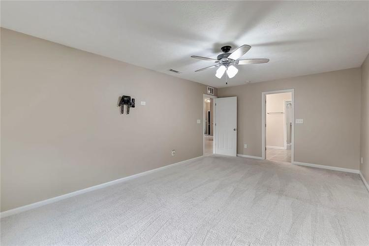 5561 Wythe Lane Indianapolis, IN 46234 | MLS 21689001 | photo 15