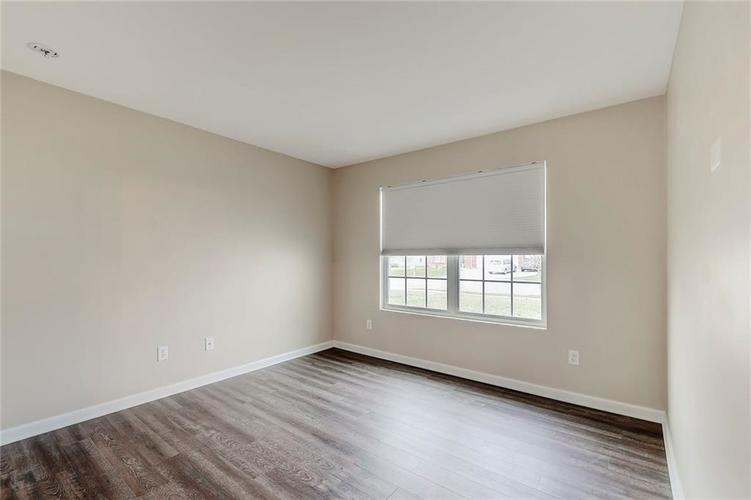 5561 Wythe Lane Indianapolis, IN 46234 | MLS 21689001 | photo 23