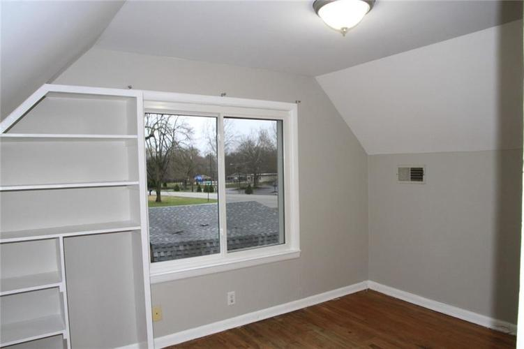 2109 E 71ST Street Indianapolis, IN 46220 | MLS 21689005 | photo 27