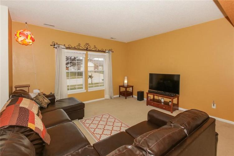 4112 Outer Bank Road Indianapolis, IN 46234 | MLS 21689011 | photo 4