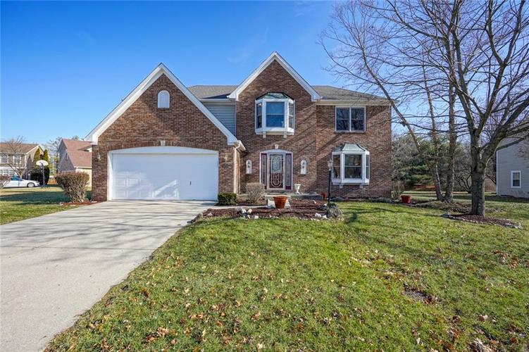 10532  Beacon Lane Indianapolis, IN 46256 | MLS 21689053