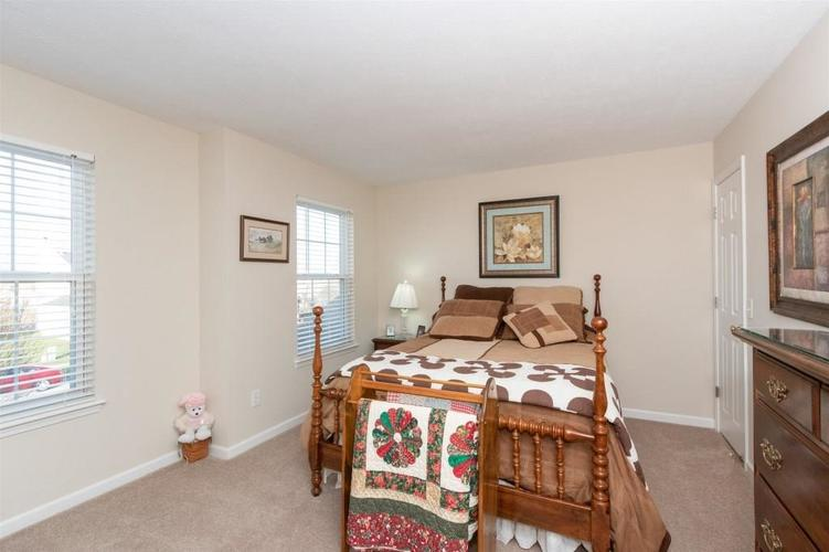 6533 SMITHFIELD Drive Indianapolis, IN 46237 | MLS 21689064 | photo 15
