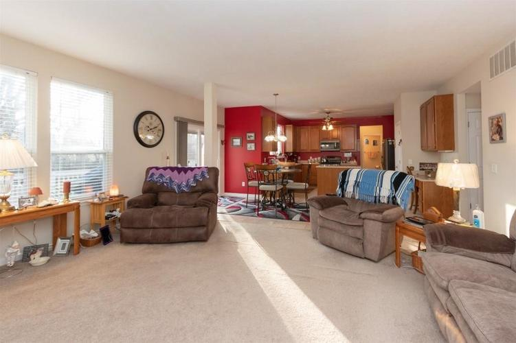 6533 SMITHFIELD Drive Indianapolis, IN 46237 | MLS 21689064 | photo 7
