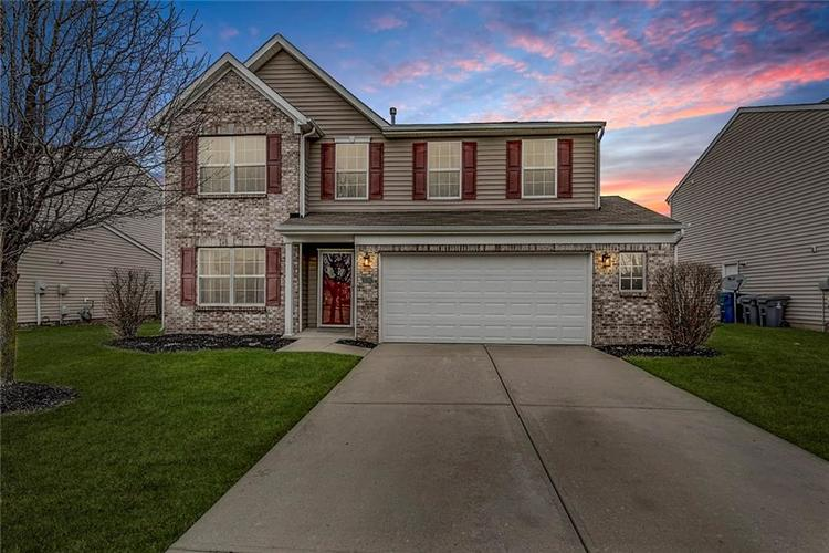 11248 Hylas Drive Noblesville, IN 46060 | MLS 21689078 | photo 1