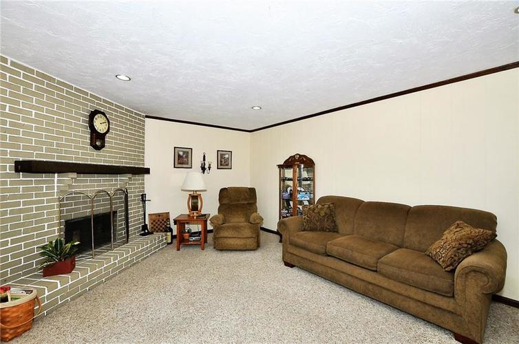 728 Country Lane Anderson, IN 46013 | MLS 21689117 | photo 25