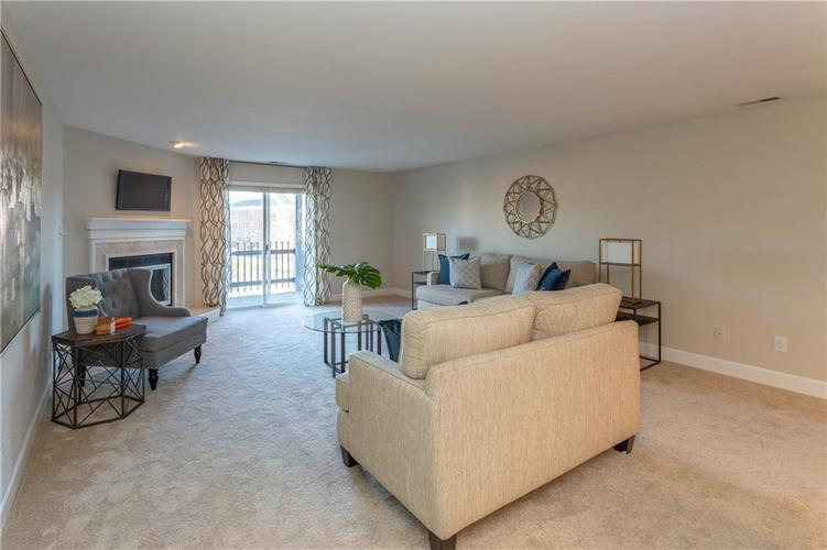 8690 Jaffa Court West Dr #28 Indianapolis, IN 46260 | MLS 21689118 | photo 12