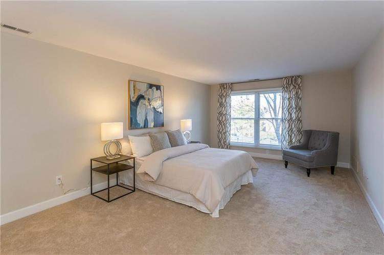 8690 Jaffa Court West Dr #28 Indianapolis, IN 46260 | MLS 21689118 | photo 14