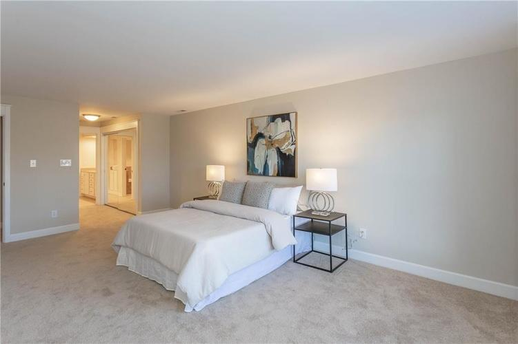 8690 Jaffa Court West Dr #28 Indianapolis, IN 46260 | MLS 21689118 | photo 15