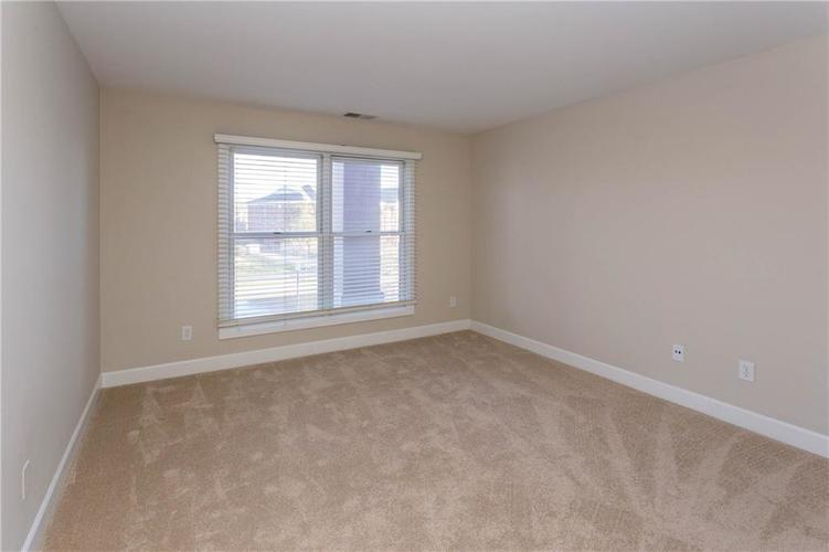 8690 Jaffa Court West Dr #28 Indianapolis, IN 46260 | MLS 21689118 | photo 20