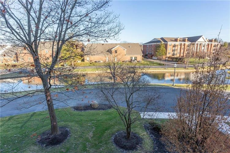 8690 Jaffa Court West Dr #28 Indianapolis, IN 46260 | MLS 21689118 | photo 22