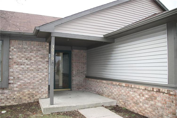 3036 N RIVER BIRCH Drive Indianapolis, IN 46235 | MLS 21689167 | photo 2