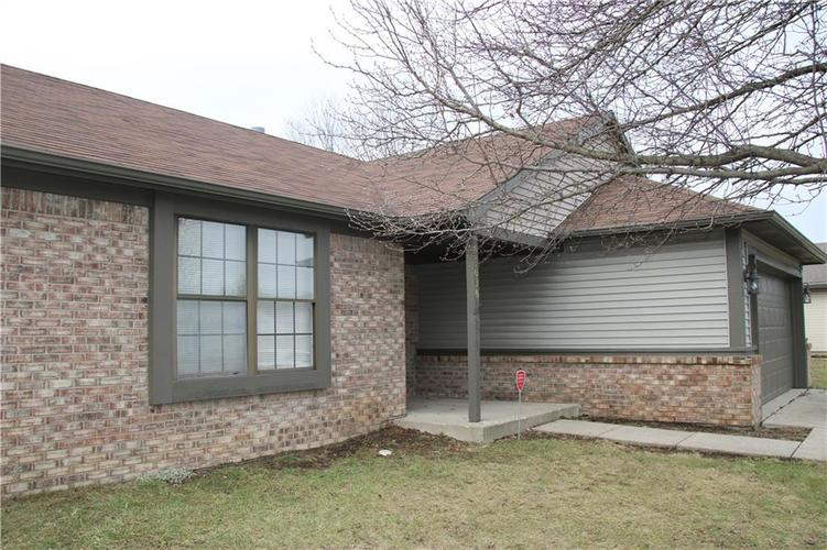 3036 N RIVER BIRCH Drive Indianapolis, IN 46235 | MLS 21689167 | photo 4