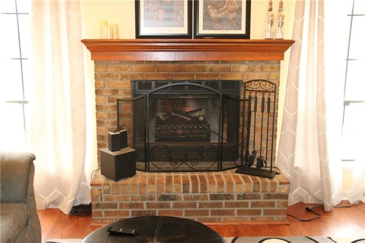 3036 N RIVER BIRCH Drive Indianapolis, IN 46235 | MLS 21689167 | photo 7