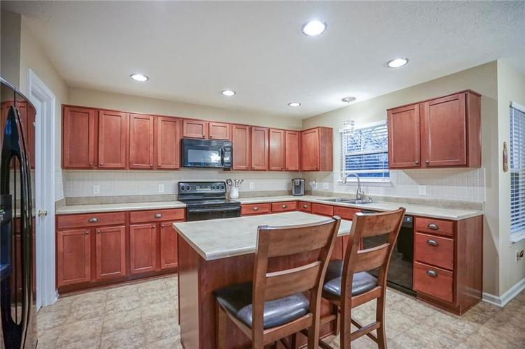 11926 Wynsom Court Fishers, IN 46038 | MLS 21689174 | photo 12