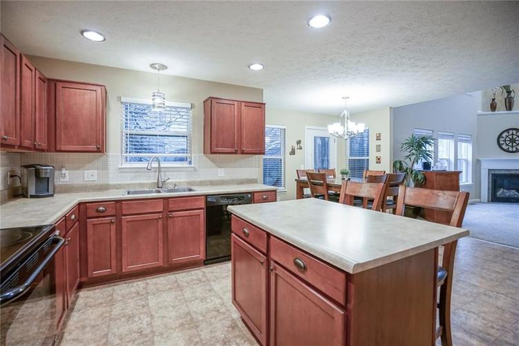 11926 Wynsom Court Fishers, IN 46038 | MLS 21689174 | photo 14