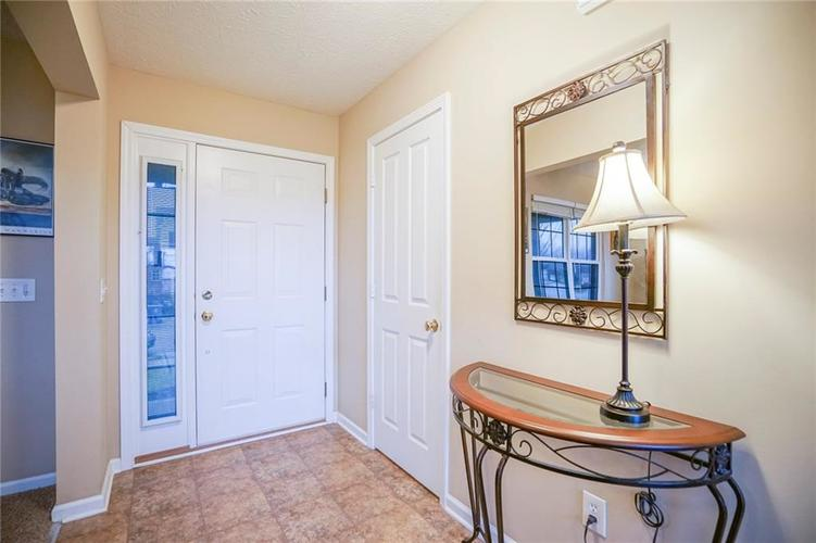 11926 Wynsom Court Fishers, IN 46038 | MLS 21689174 | photo 2