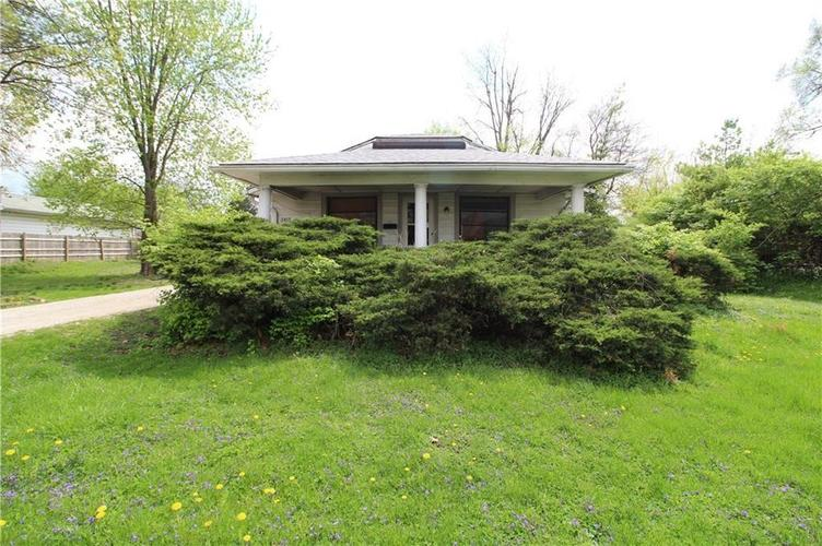 2417 E 34th Street Indianapolis, IN 46218 | MLS 21689177 | photo 2