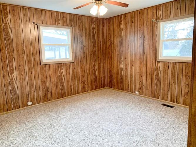 629 FEDERAL Drive Anderson, IN 46013 | MLS 21689184 | photo 13
