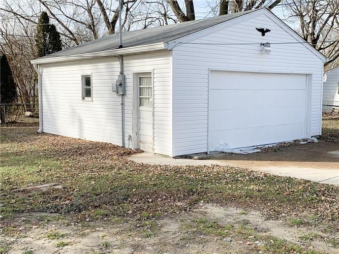 629 FEDERAL Drive Anderson, IN 46013 | MLS 21689184 | photo 16