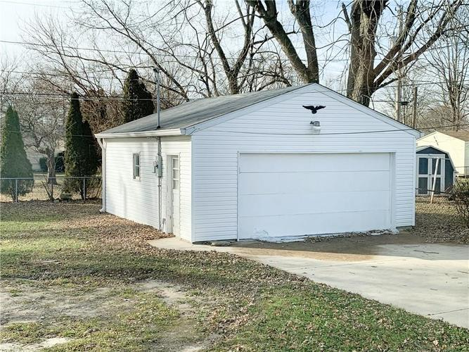 629 FEDERAL Drive Anderson, IN 46013 | MLS 21689184 | photo 4