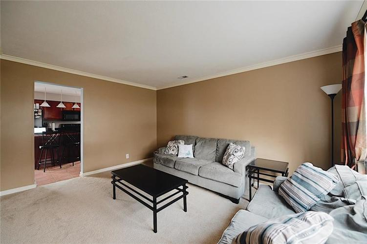 8629 Trumpeter Drive Indianapolis, IN 46234 | MLS 21689211 | photo 2