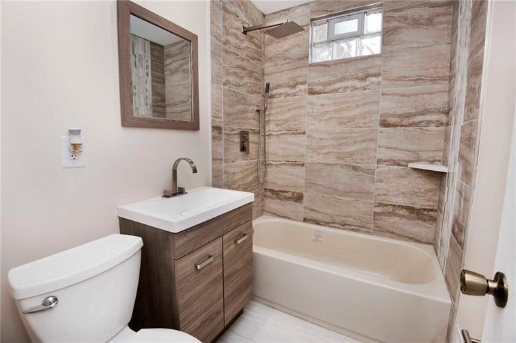 4137 Norrose Drive Indianapolis, IN 46226 | MLS 21689244 | photo 13