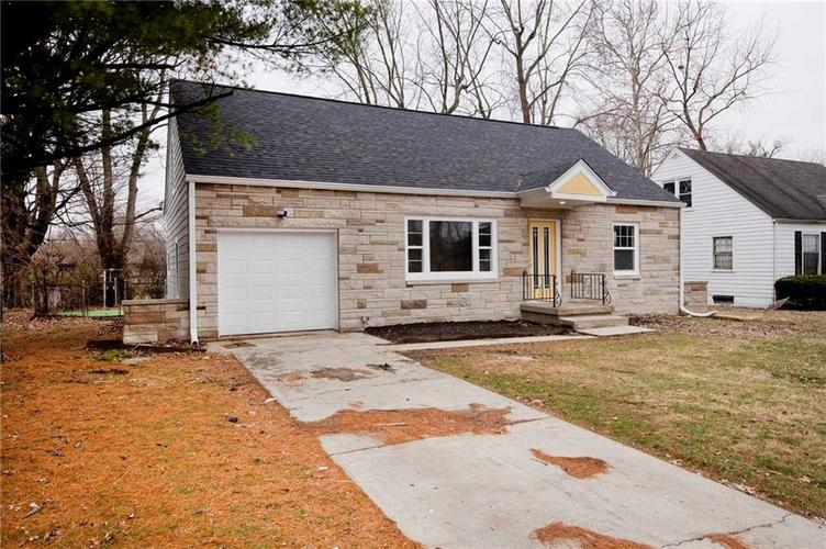 4137 Norrose Drive Indianapolis, IN 46226 | MLS 21689244 | photo 2
