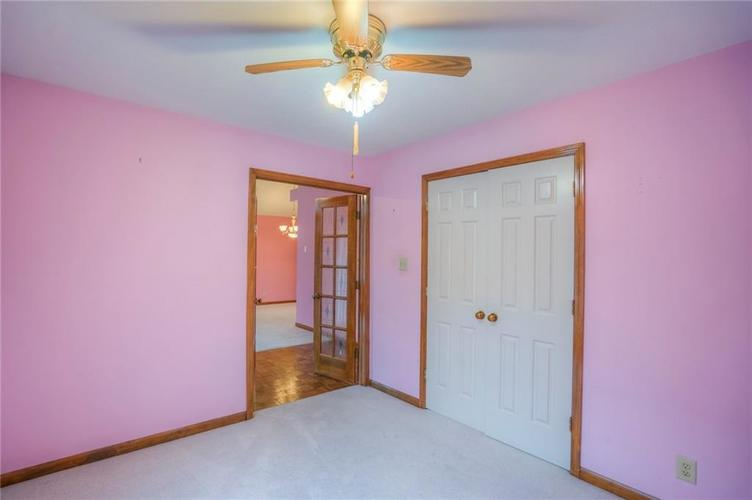 7508 Old Oakland Blvd West Drive Indianapolis, IN 46236 | MLS 21689282 | photo 10