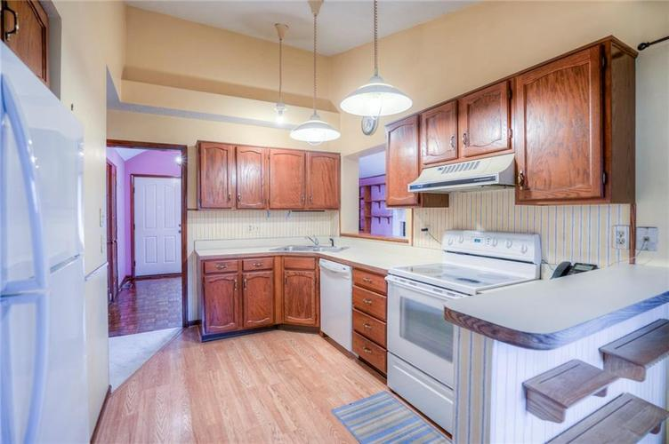 7508 Old Oakland Blvd West Drive Indianapolis, IN 46236 | MLS 21689282 | photo 12