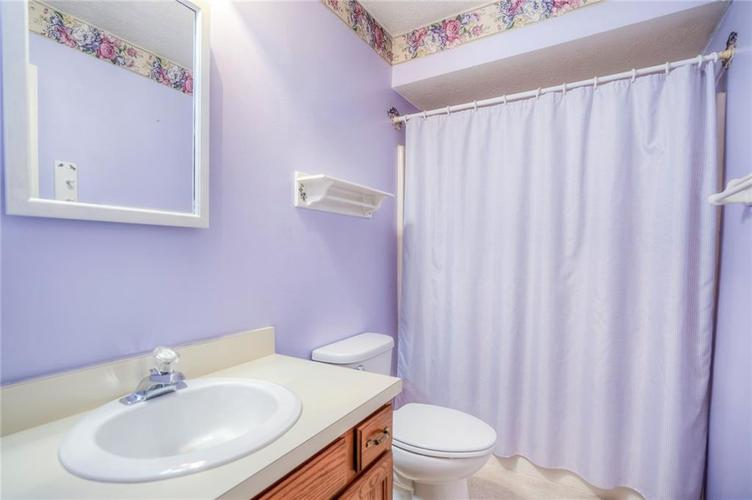 7508 Old Oakland Blvd West Drive Indianapolis, IN 46236 | MLS 21689282 | photo 20