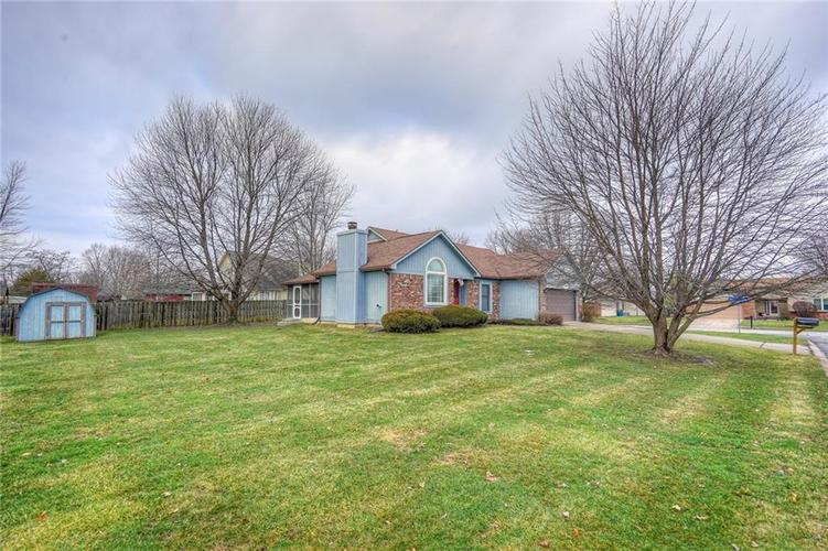 7508 Old Oakland Blvd West Drive Indianapolis, IN 46236 | MLS 21689282 | photo 25
