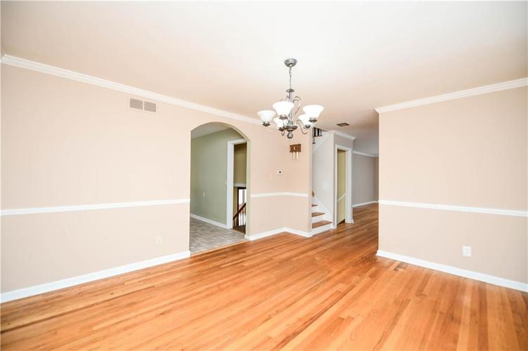 3907 Haverhill Drive Indianapolis, IN 46240 | MLS 21689447 | photo 13