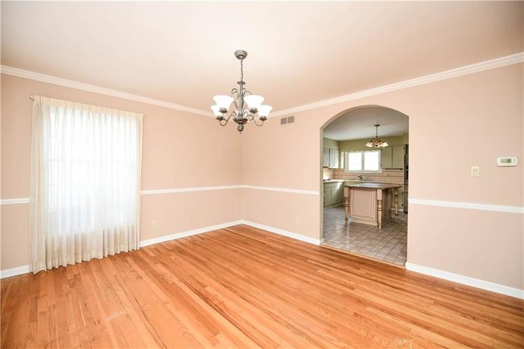 3907 Haverhill Drive Indianapolis, IN 46240 | MLS 21689447 | photo 14