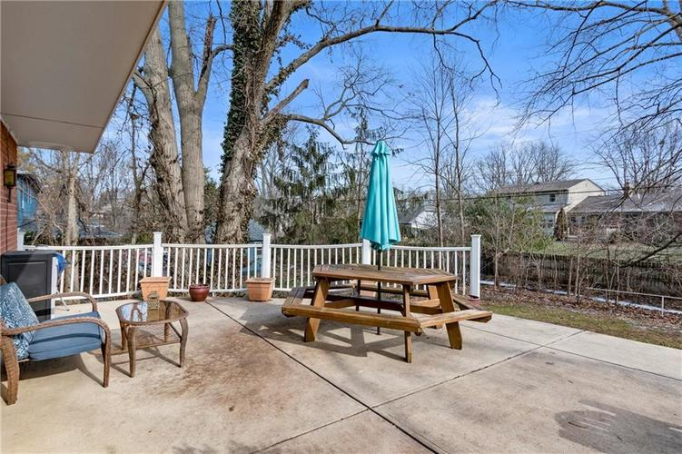 7701 Camelback Drive Indianapolis, IN 46250 | MLS 21689480 | photo 23