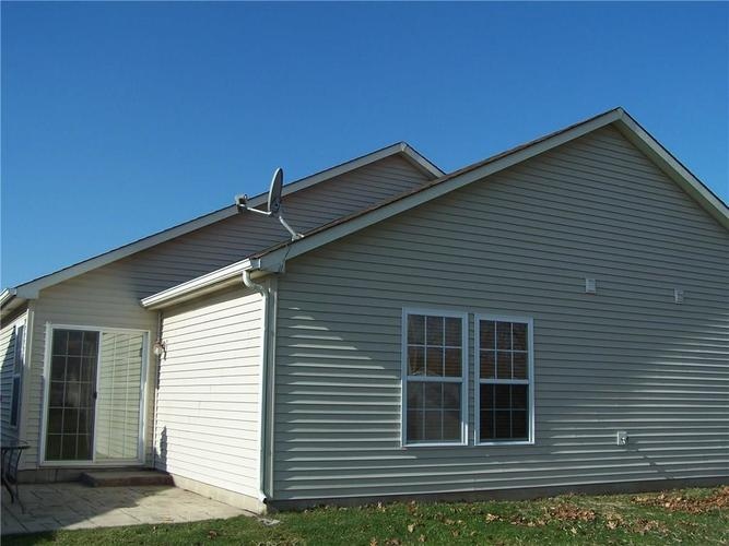 909 Runnymede Drive Greenfield, IN 46140 | MLS 21689542 | photo 19