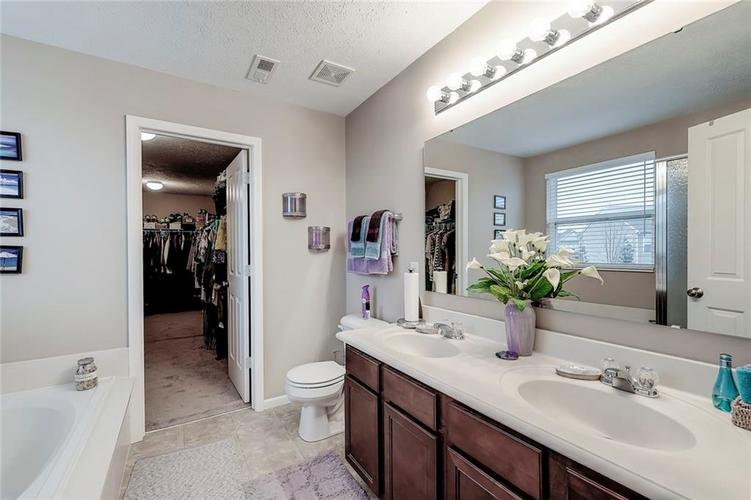 4757 Summit Lake Place Indianapolis, IN 46239 | MLS 21689601 | photo 16
