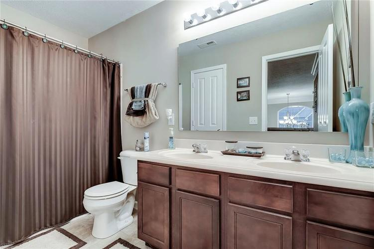 4757 Summit Lake Place Indianapolis, IN 46239 | MLS 21689601 | photo 27