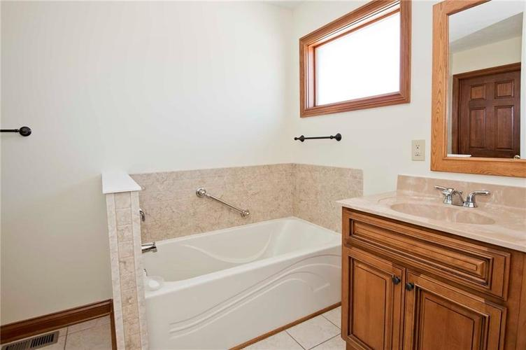 13052 N Departure Boulevard W Camby, IN 46113 | MLS 21689618 | photo 19
