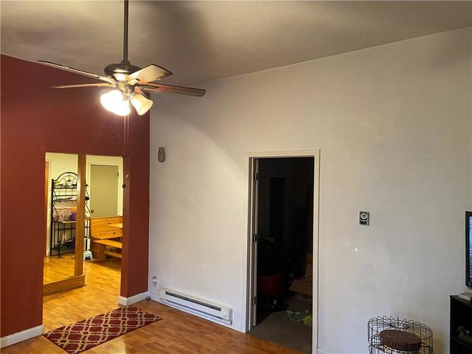 107 W Monroe Street Alexandria IN 46001 | MLS 21689651 | photo 4