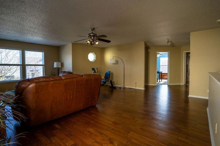 5422 Floating Leaf Drive Indianapolis, IN 46237 | MLS 21689759 | photo 22