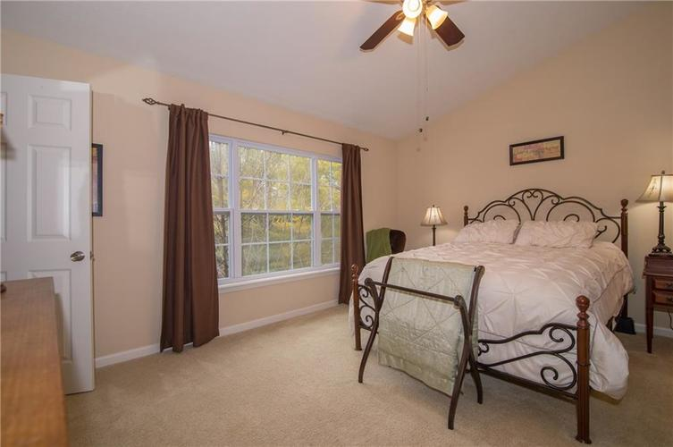 2350 The Springs Drive #15 Indianapolis, IN 46260 | MLS 21689842 | photo 16