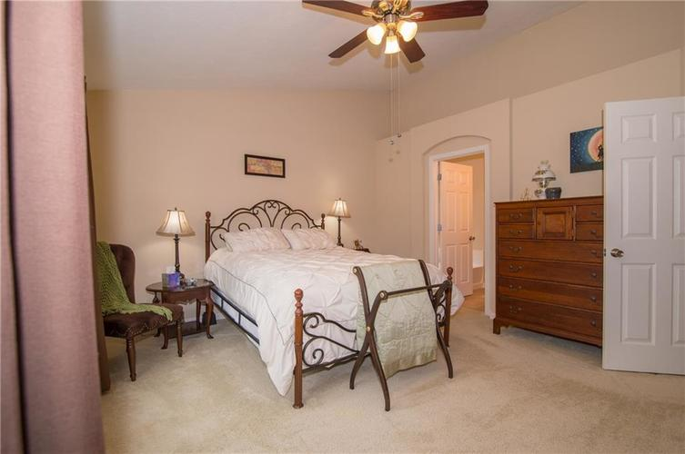 2350 The Springs Drive #15 Indianapolis, IN 46260 | MLS 21689842 | photo 17