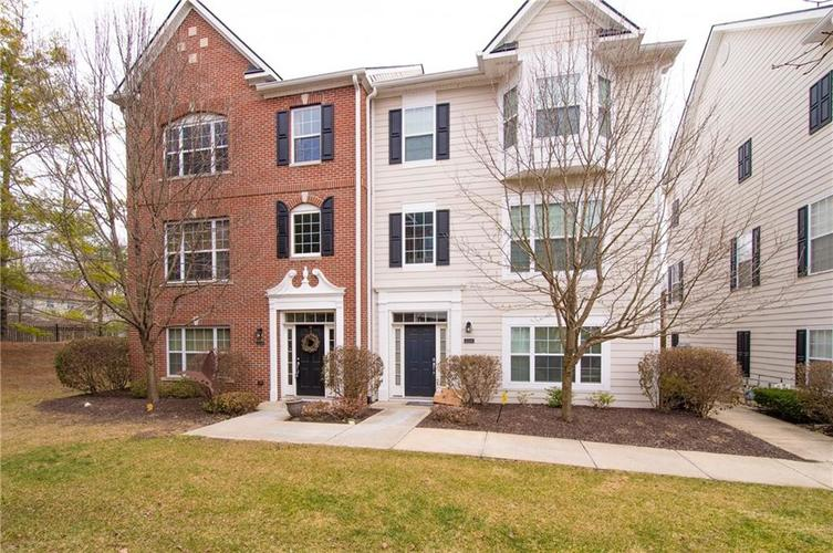 2350 The Springs Drive #15 Indianapolis, IN 46260 | MLS 21689842 | photo 2