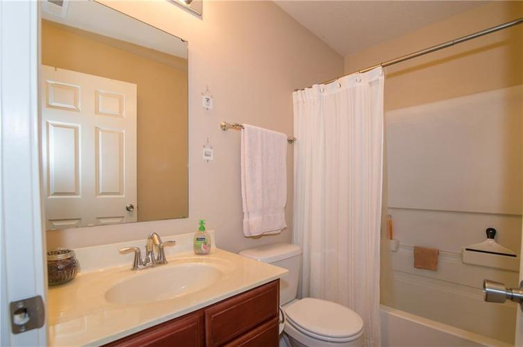 2350 The Springs Drive #15 Indianapolis, IN 46260 | MLS 21689842 | photo 20