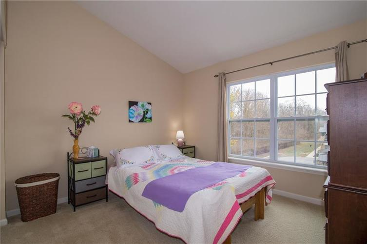 2350 The Springs Drive #15 Indianapolis, IN 46260 | MLS 21689842 | photo 22