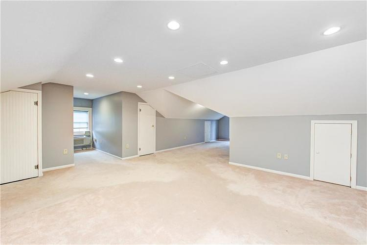 32 W 52nd Street Indianapolis IN 46208 | MLS 21689845 | photo 26