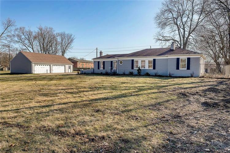 2555 W 71st Street Indianapolis, IN 46268 | MLS 21690011