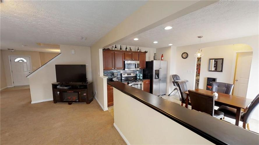 11303 Cuyahoga Drive Indianapolis, IN 46235 | MLS 21690136 | photo 11