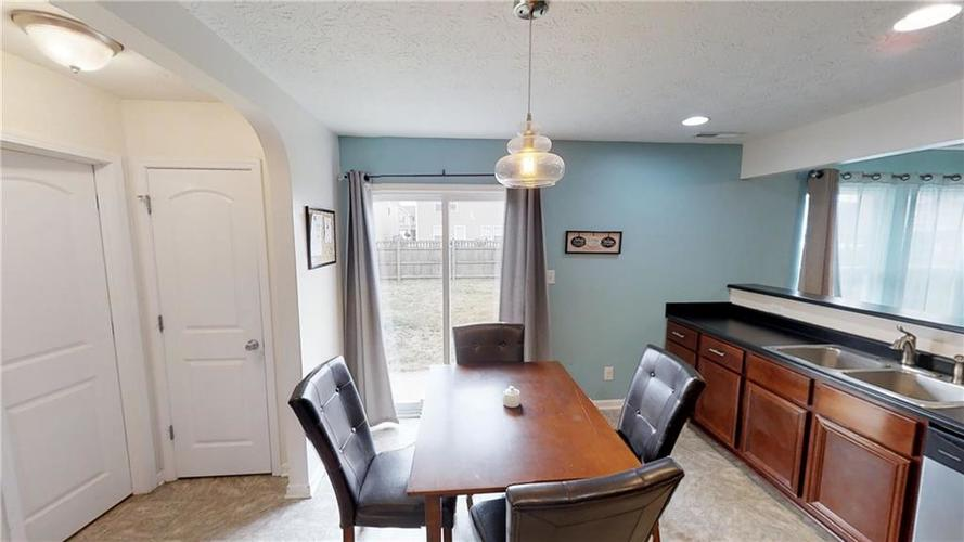 11303 Cuyahoga Drive Indianapolis, IN 46235 | MLS 21690136 | photo 17