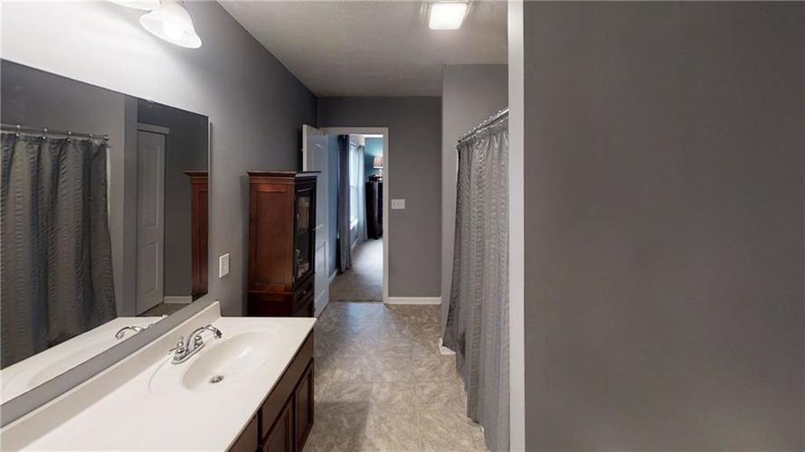 11303 Cuyahoga Drive Indianapolis, IN 46235 | MLS 21690136 | photo 22